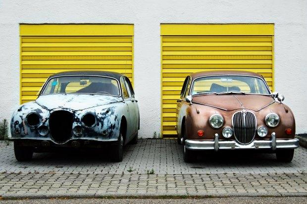 2 Vintage cars_Photo by Dietmar Becker on Unsplash